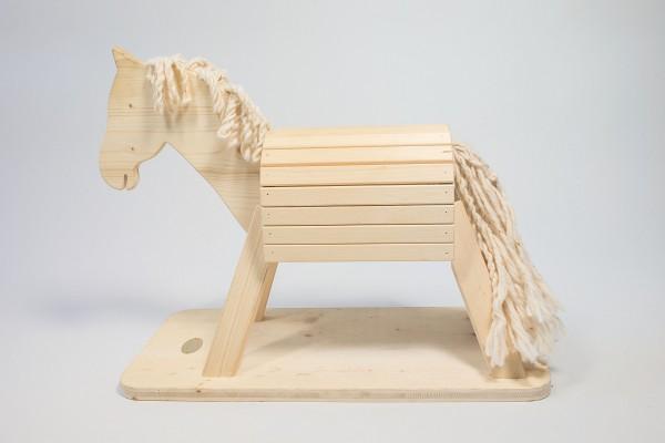 Holzpferd Pauline
